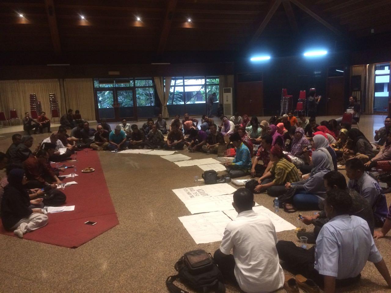 Tiga Tahun Disahkan, Pelaksanaan UU Desa Masih Banyak Persoalan